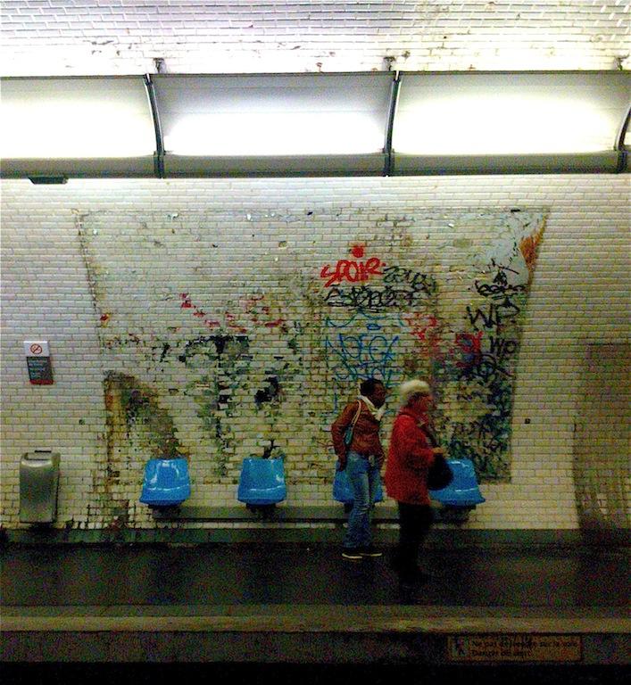 métro châtelet. 2